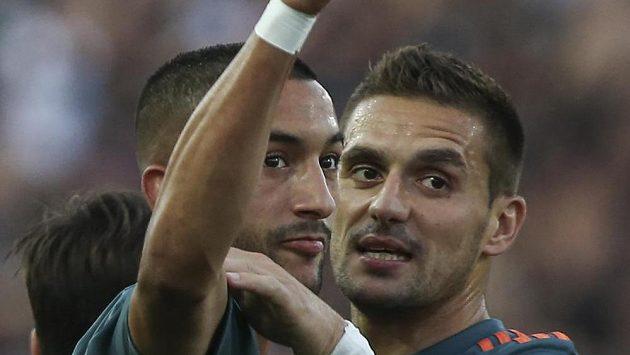 Radost fotbalistů Ajaxu z gólu proti Soluni.