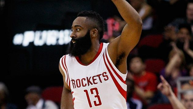 Basketbalista Houstonu James Harden proti Indianě řádil.