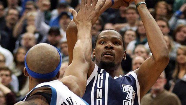 Basketbalista Kevin Durant byl motorem Oklahomy při výhře bad Minnesotou.