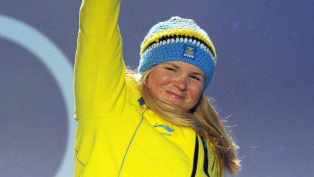 Takhle Švédka Anja Pärsonová slavila bronz z olympijských her ve Vancouveru.