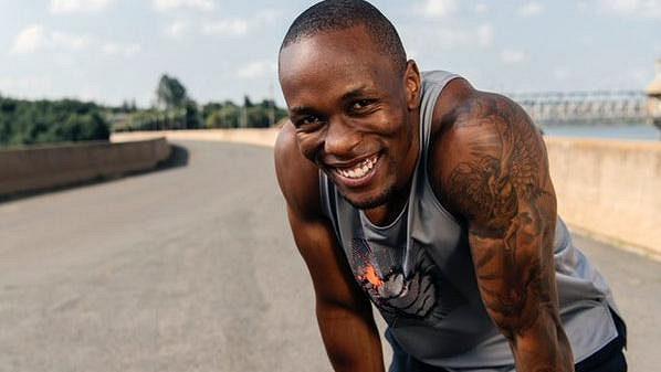 Jihoafrický sprinter Akani Simbine.