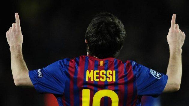 Útočník Barcelony Lionel Messi se raduje z branky.