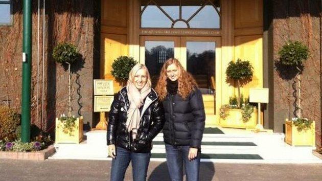 Petra Kvitová s Martinou Navrátilovou ve Wimbledonu.