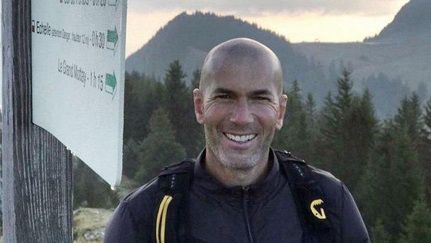 Zidane zvažuje žhavou nabídku! Urputně ho láme gigant, který zažívá trýznivé období