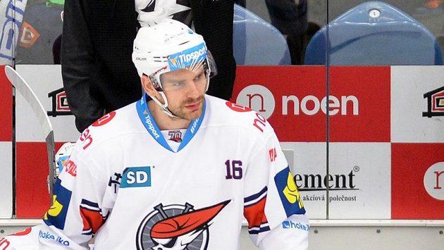 Hokejista Chomutova Juraj Valach.