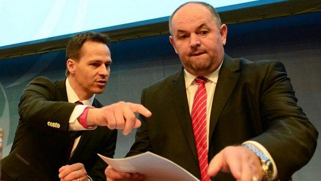Generální sekretář FAČR Rudolf Řepka (vlevo) a předseda Miroslav Pelta.