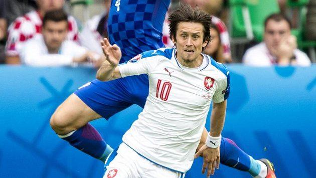 Který hráč proti Turkům nahradí kapitána Tomáše Rosického?