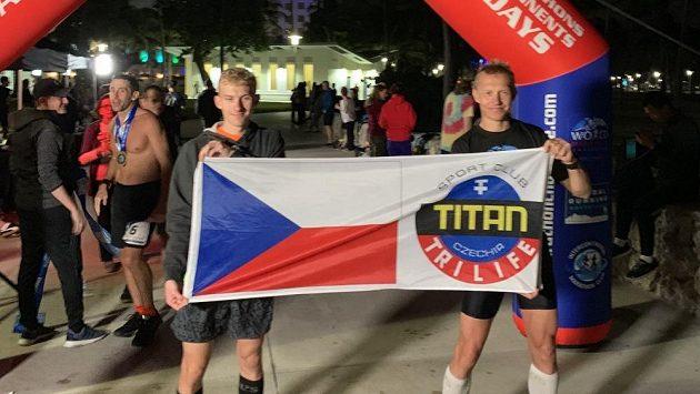 Petr a Filip Vabrouškovi se po sérii sedmi závodů v řadě už těší domů.