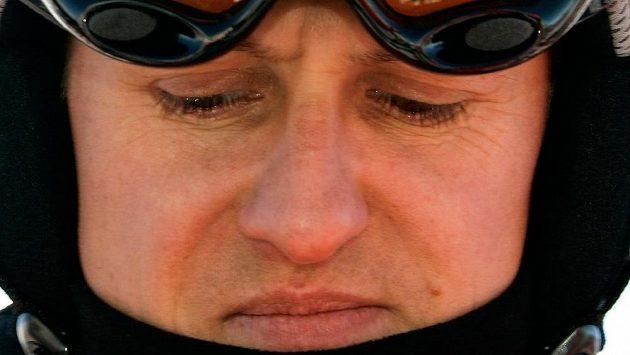 Po těžkém zranění na lyžích bojuje sedminásobný mistr světa F1 Michael Schumacher o život. Lékaři se teď snaží o jeho probuzení.