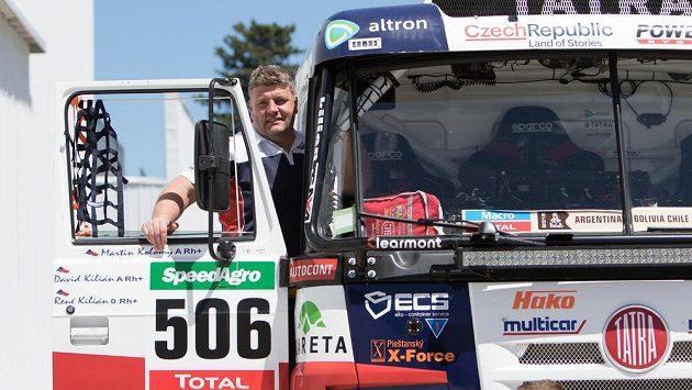 Martin Kolomý se svou tatrou na startu Rallye Dakar.