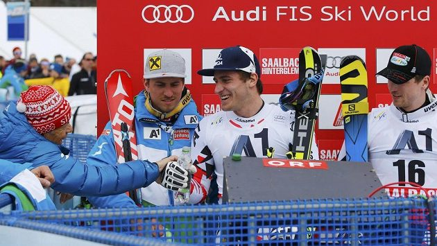 Rakouští lyžaři (zleva) Max Franz, Matthias Mayer and Hannes Reichelt.