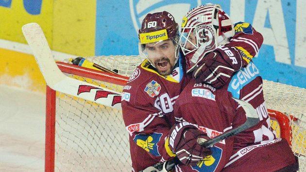 Tomáš Rolinek (vlevo) se loučí se sparťanským dresem.