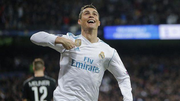 Cristiano Ronaldo po devíti letech opouští Real Madrid a míří do Juventusu.