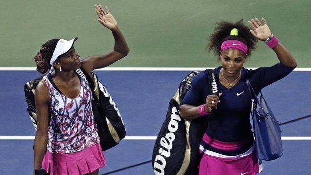 Sestry Williamsovy se loučí se čtyřhrou na US Open. Letos poprvé padly.