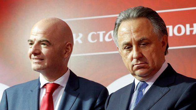 Ruský ministr sportu Vitalij Mutko (vpravo) a šéf FIFA Gianni Infantino.