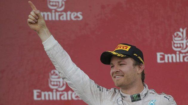 Nico Rosberg vyhrál premiérovou Grand Prix Evropy v Baku.