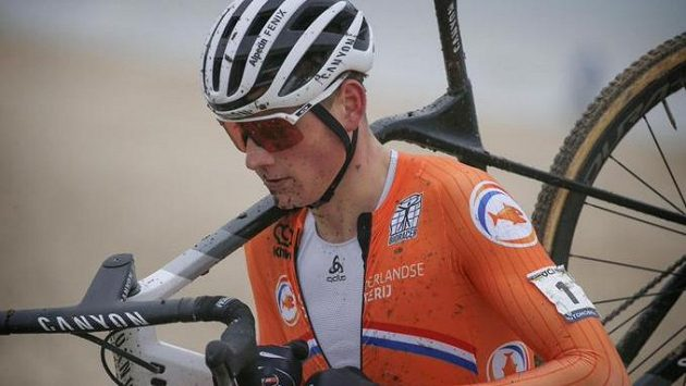 Mathieu van der Poel z Nizozemska.
