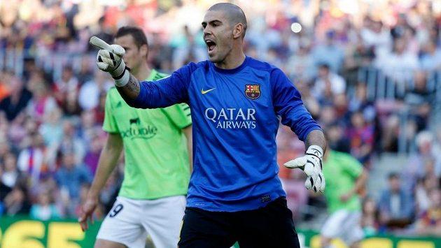 Brankář Victor Valdés se po odchodu z Barcelony zkusí prosadit v Manchesteru United.