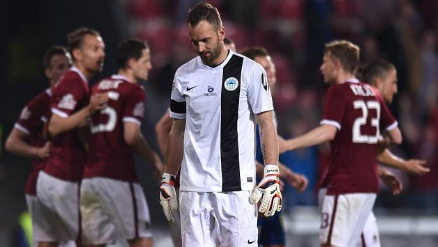 Liberecký brankář Přemysl Kovář po třetím obdrženém gólu v utkání na Spartě.