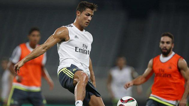 Cristiano Ronaldo stále není zcela fit a musí vynechat další přípravný duel Bílého baletu.
