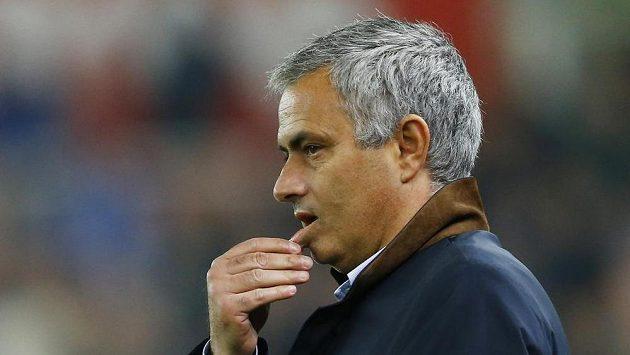Eva Carneirová opustila Chelsea po sportu s José Mourinhem.