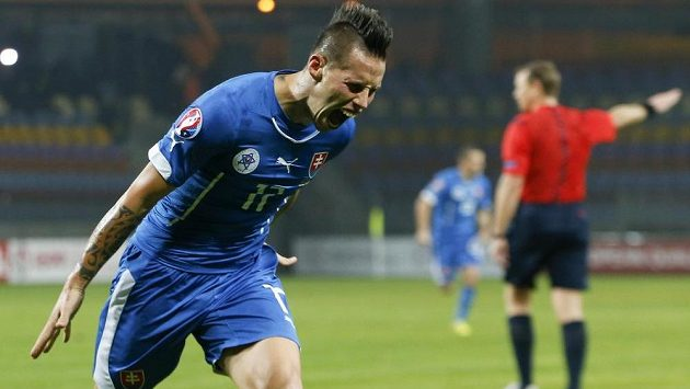 Marek Hamšík zařídil dvěma góly vítězství Slovenska v Bělorusku.