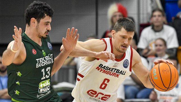 Basketbalisté Nymburku stále nevědí, jaký bude osud Ligy mistrů (ilustrační foto)