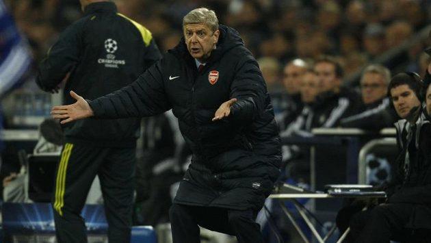 Kolik posil přivede Arséne Wenger v zimě na stadón Emirates?