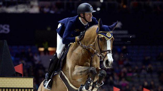 Niels Bruynseels z týmu Prague Lions s koněm Gancia De Muze.