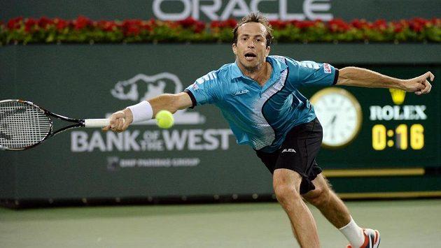 Radek Štěpánek během duelu s Rafaelem Nadalem na turnaji v Indian Wells.