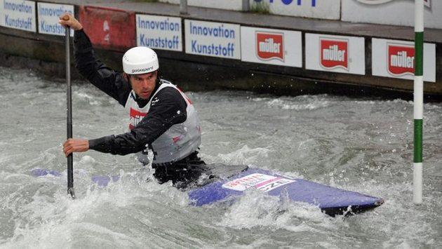 Stanislav Ježek při semifinálové jízdě kategorie C1.