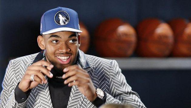 Karl-Anthony Towns se stal jedničkou draftu basketbalové NBA.