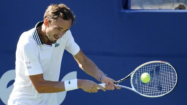 Vítěz turnaje v Torontu Daniil Medveděv