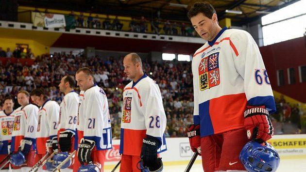 Jaromír Jágr během vzpomínkové exhibice na Ivana Hlinku mezi týmy Nagano 1998 a Zlatý hattrick mistři světa v Jihlavě.