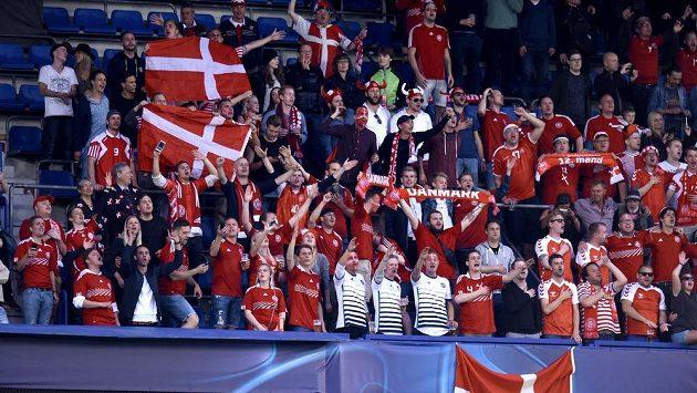 Fanoušci fotbalistů Dánska.