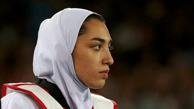 Íránská olympijská medailistka Kimía Alízadeová.