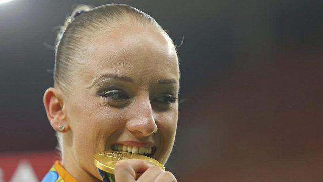 Sanne Weversová je nejstarší vítězkou OH na kladině od dob Evy Bosákové.