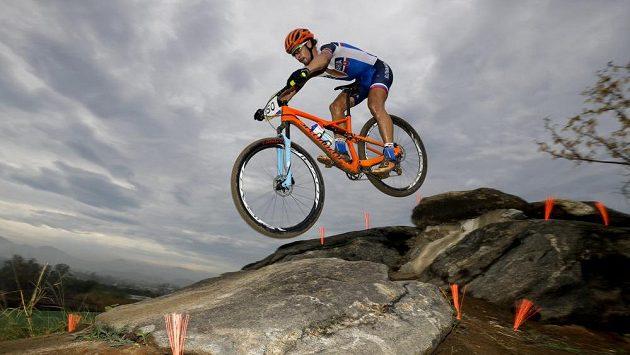 Slovák Peter Sagan na trati závodu na horských kolech.