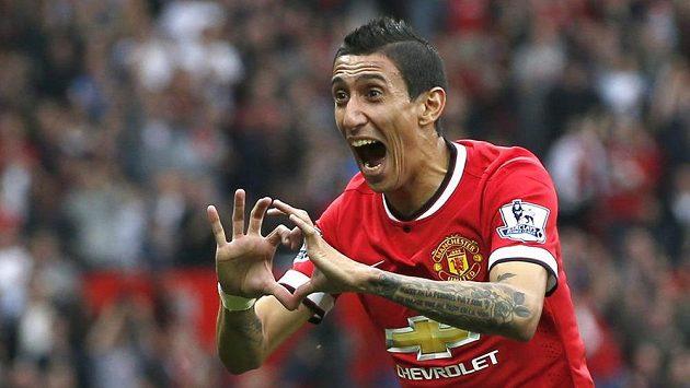 Posila Manchesteru United Ángel Di María jásá po gólu proti QPR.