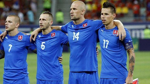 Slovenští fotbalisté zleva Vladimír Weiss, Michal Breznaník, Martin Jakubko a Marek Hamšík mají na začátku září zahájit kvalifikaci o ME duelem v ukrajinském Kyjevě.
