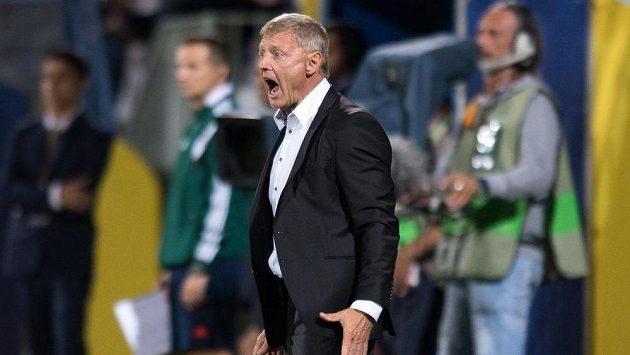 Co to pískáš!? Trenér Sparty Zdeněk Ščasný během utkání základní skupiny Evropské ligy s Asterasem Tripolis.