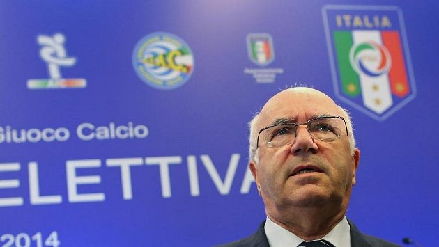 Prezident Italské fotbalové federace (FIGC) Carlo Tavecchio.