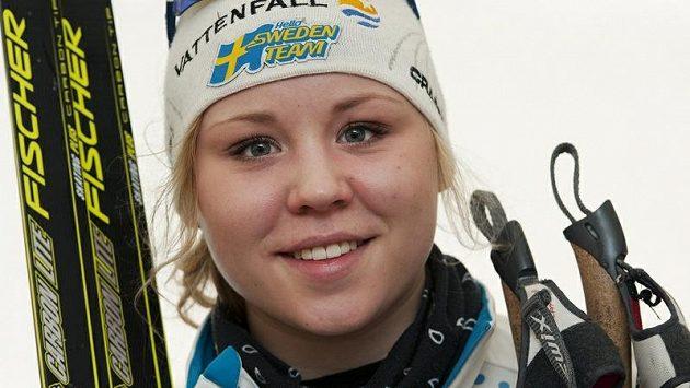Julia Svanová jde ve stopách slavného otce Gundeho Svana a věnuje se běhu na lyžích.