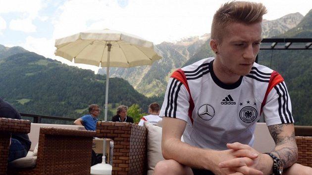 Marco Reus absolvoval část závěrečné přípravy s německým týmem, ale z MS ho vyřadilo zranění kotníku.