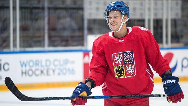 David Pastrňák na středečním tréninku.