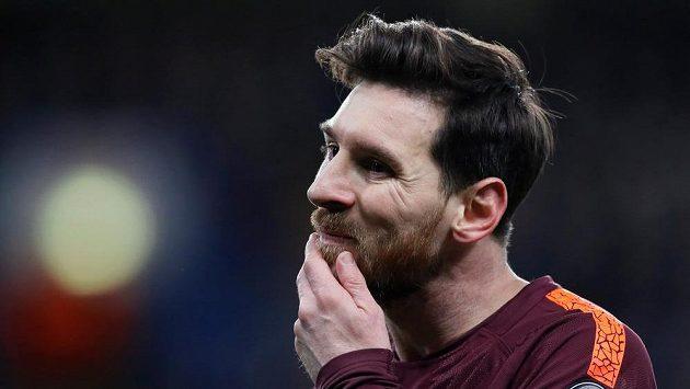 Lionel Messi přemýšlí, co by si ještě vymyslel