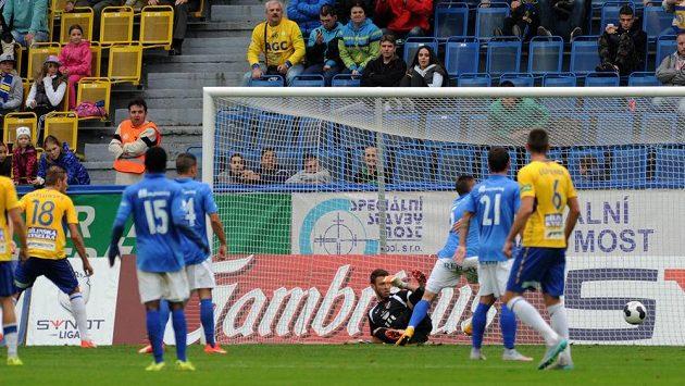 Rozhodující branka v utkání mezi Teplicemi a Baníkem. Autorem gólu byl David Jablonský.