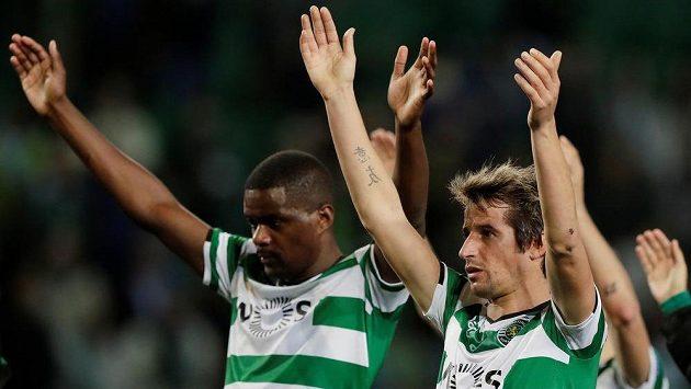 Fabio Coentrao (vpravo) patří k nejatraktivnějším hráčům Sportingu, na které může Viktoria pozvat fanoušky.