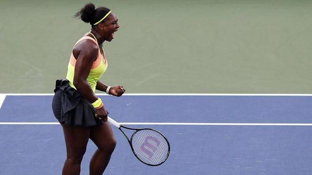 Serena Williamsová si dělá zálusk na kalendářní grandslam. Porazil by ji McEnroe?