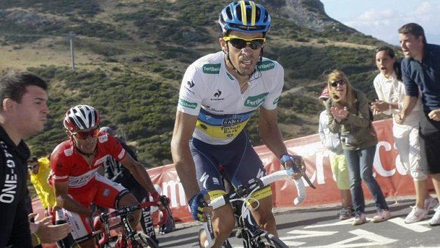Španělský cyklista Alberto Contador z týmu Saxo Bank si jede pro vítězství na Vueltě.